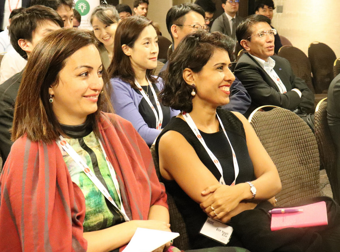 Audience members comprised of executives from the Japanese energy industry, in addition to startup and other guests.